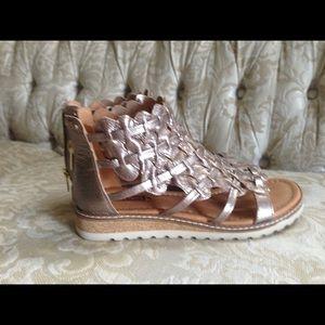 Pikolinos Sandals 7-7.5(38)
